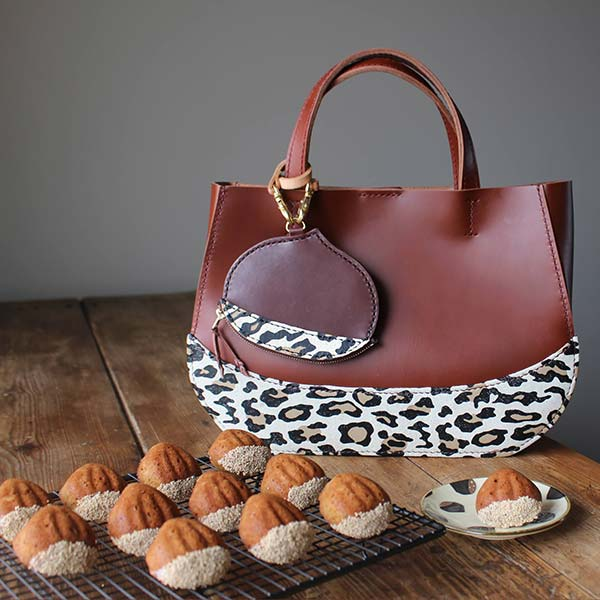 「くりバッグ」と「くりポーチ」 マロンケーキ